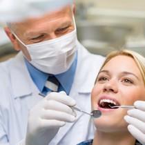 Prévention du cancer de la bouche ou de la gorge